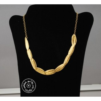 Gold Plated 9 flexible olive leaves 42cm necklace
