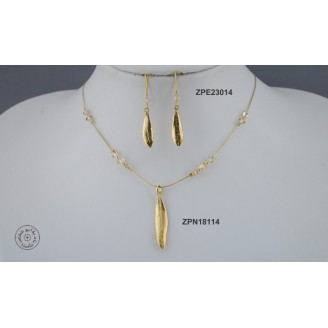 Gold plated Necklace chain with Swarovski (light Colorado Topaz color)