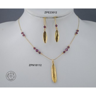 Gold plated earring with Swarovski Crystal (Amethyst Blend color)