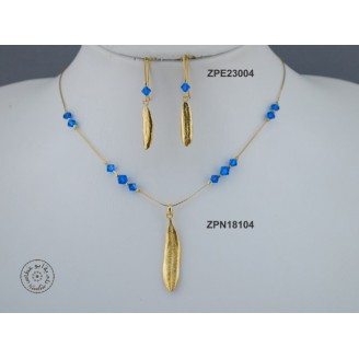 Gold plated Necklace chain with Swarovski (Capri Blue color)