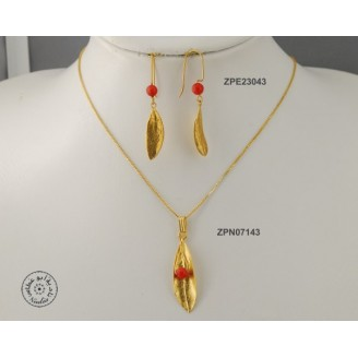 Gold plated earring with natural red Coral