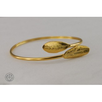 Gold plated bracelet with 2 olive leaves (2mm)