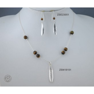 Sterling silver chain necklace with semi precious stone and 1 olive leaf (Tiger Eye bead)