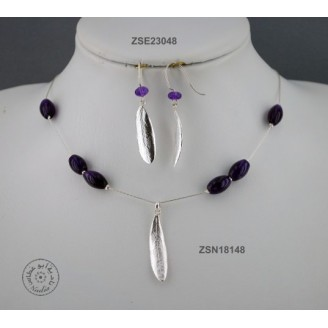 Sterling silver earring with Amethyst bead