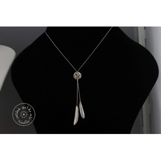 Sterling silver chain necklace & 2 small olive leaves with sterling silver shining net ball